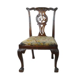 59648120d9e6 A Chippendale mahogany side chair