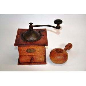 Vintage French wooden coffee grinder circa 1950/'s