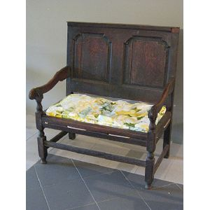 Remarkable Antique Settles Bench Style Seat Price Guide And Values Beatyapartments Chair Design Images Beatyapartmentscom