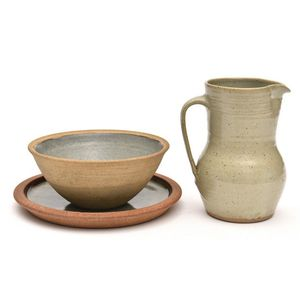 pottery from St Ives Pottery (England) - price guide and values
