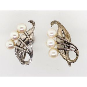f0b5911b8 Mikimoto sterling silver and pearl earrings marked to the screw back clips