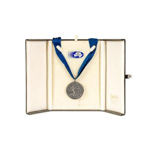AFL/VFL badges and medallions memorabilia - price guide and values
