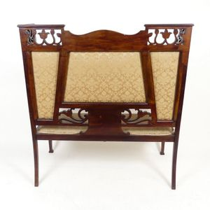 Tremendous Antique Settles Bench Style Seat Price Guide And Values Beatyapartments Chair Design Images Beatyapartmentscom
