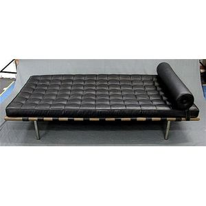 Ludwig Mies Van Der Rohe Barcelona Couch 258 By Knoll