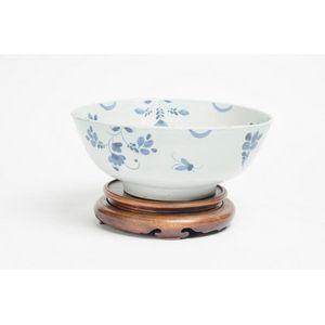 English & European blue & white ceramic items - price guide