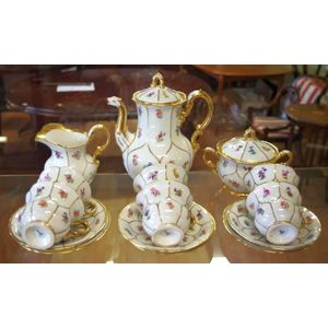 Meissen (Germany) cups & saucers/trios - price guide and values
