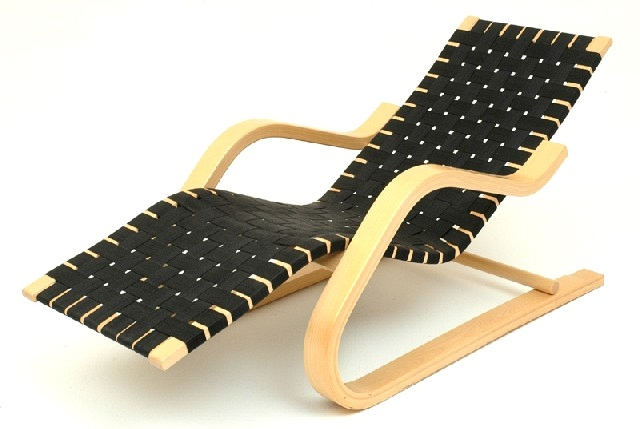 Alvar Aalto No 43 Chaise Longue Of Bent Laminated Timber With