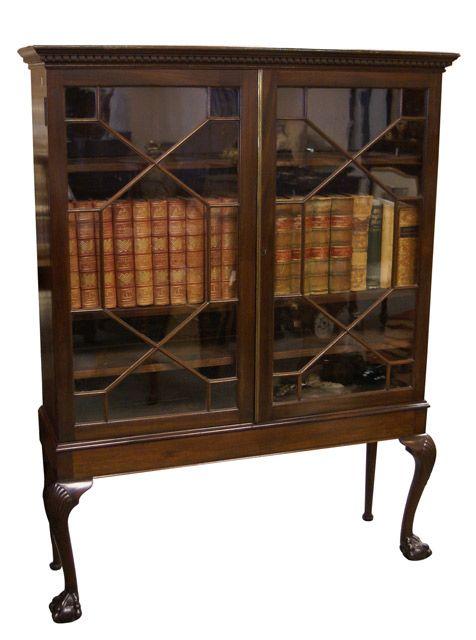 Mahogany Bookcase With Astragal Glazed Doors Dentil