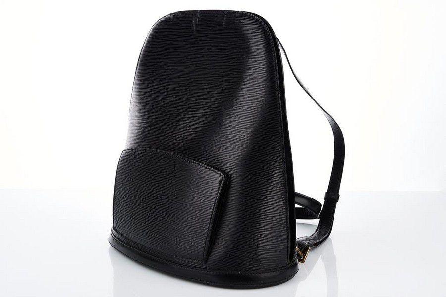 3986a96efd53 Louis Vuitton