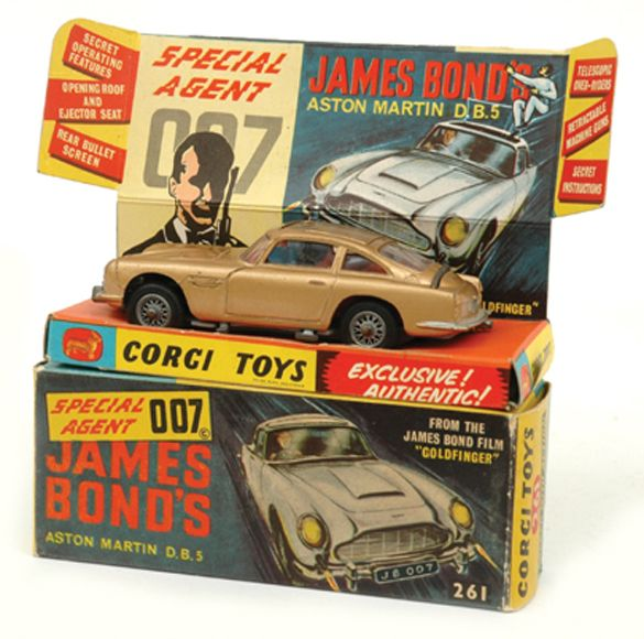 Corgi 261 James Bond's Aston Martin DB5 Gold, Red Interior