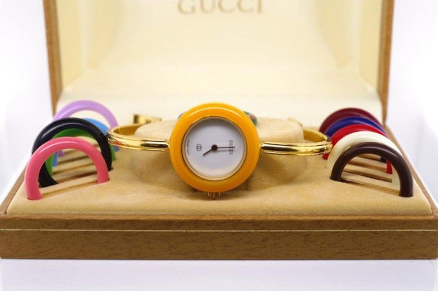 dc060b96c31 Vintage ladies Gucci 1100-L watch gold plated bangle with… - Watches ...