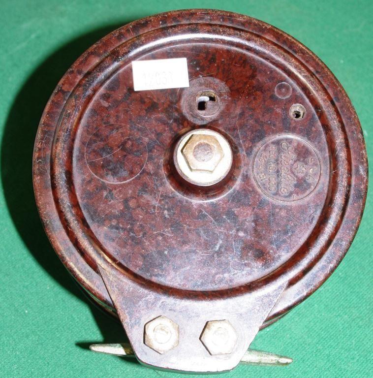 Vintage steelite bakelite fishing reel sporting for Antique fishing reels price guide