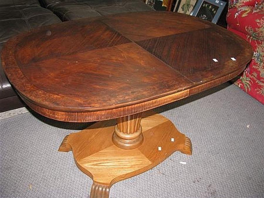 a smart biedermeier adjustable coffee table dining table